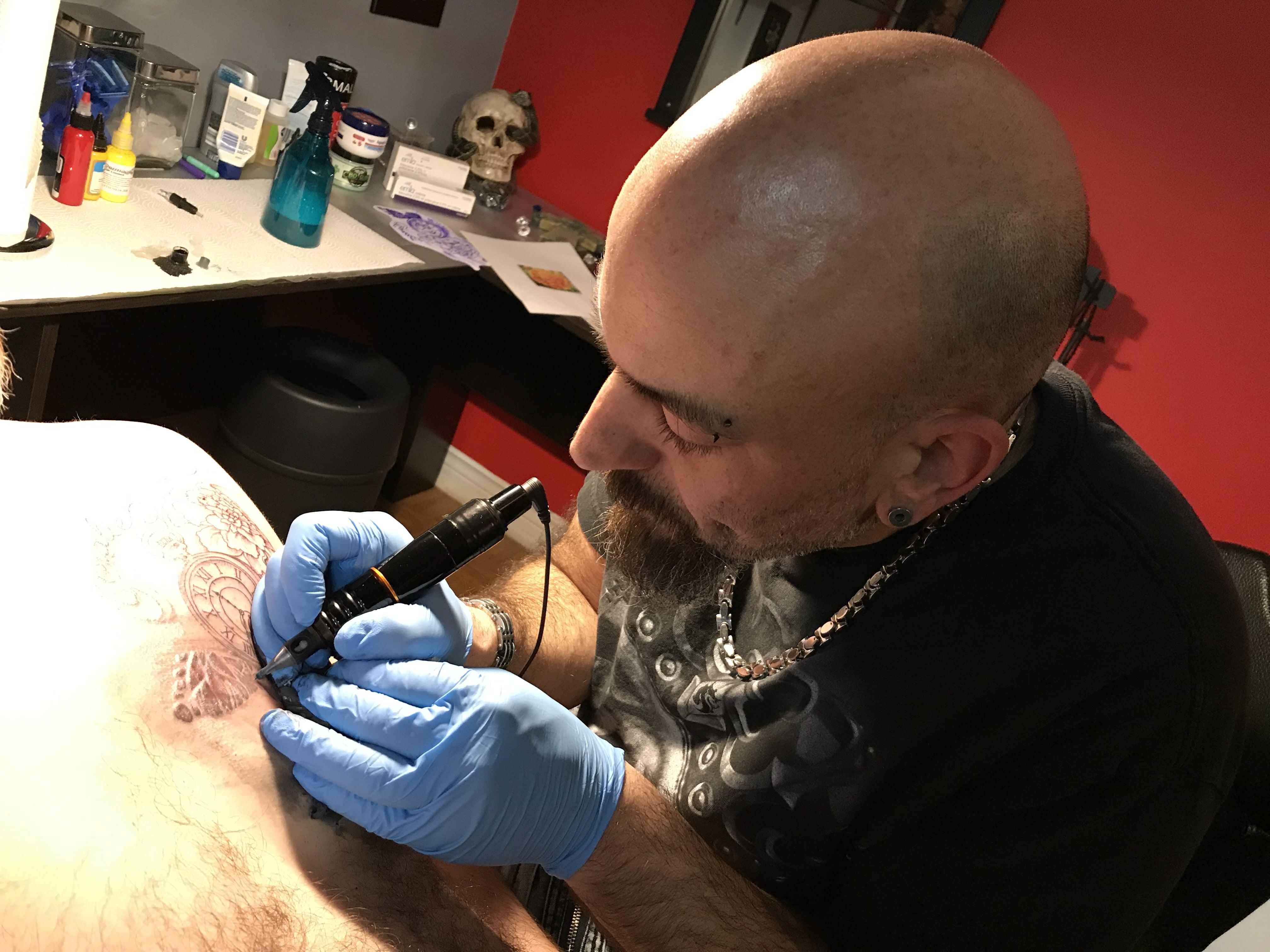 Tatouage dans la Péninsule Acadienne : Buzz Ink Tattoo